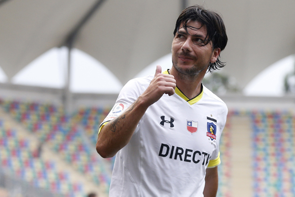 F˙tbol, Audax v Colo Colo. Segunda fecha, Campeonato de Clausura 2016. El jugador de Colo Colo, Jaime Valdes, se lamenta tras salir lesionado contra Audax  durante el partido de primera divisiÛn disputado en el estadio Bicentenario de La Florida en Santiago, Chile. 23/01/2016 Javier Torres/Photosport*******  Football, Audax v Colo Colo. Second date, Clousure Championship 2016. Colo Colo's player Jaime Valdes reacts after leaving injured against Audax during the first division football match at the Bicentenario La Florida stadium in Santiago, Chile. 23/01/2016 Javier Torres/Photosport