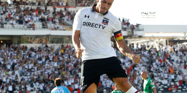 Esteban Paredes (6 goles – 11 Partidos Jugados)