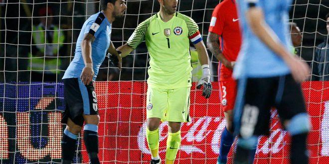 Claudio Bravo fue destacado por la FIFA